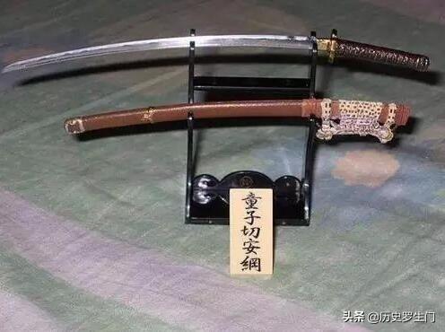 天下兵刃,哪一国最强?原来,中国这把兵器的主人是他