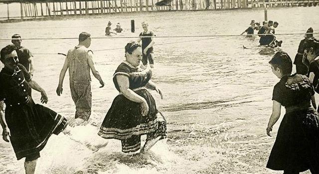 人类游泳简史图鉴