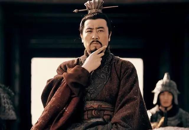 三国最不安分的帝王,每次统兵都被以少胜多,4次险些被乱军斩杀